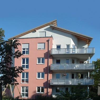 Frankfurt Eschersheim – 8- Familienhaus